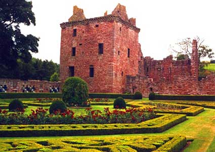 Photo of the Tower House of Edzell Castle